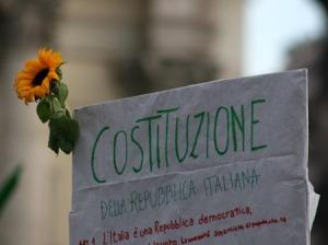 costituzione-della-repubblica-italiana_eos-30d_43082