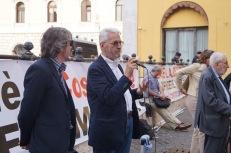 Alfiero Grandi 12 Aprile 2016 piazza Montecitorio presidio in difesa della Costituzione